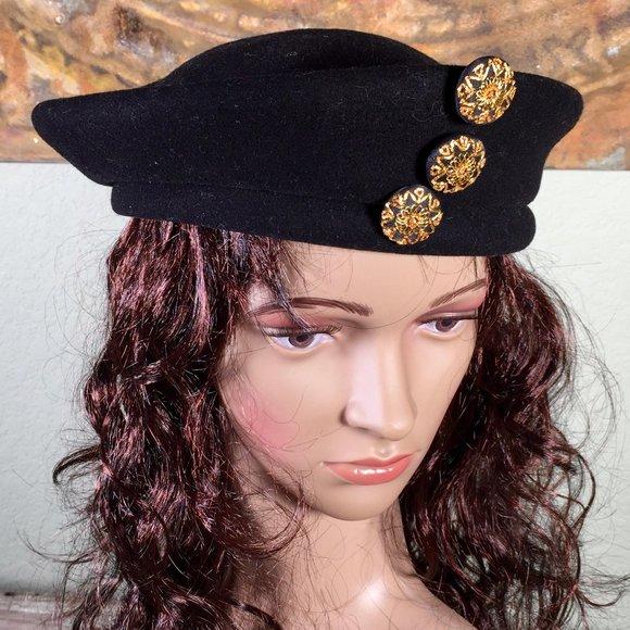 Embroidered beret Balmoral Pink